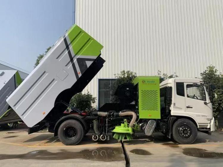东风干湿两用型扫路车(干扫车)