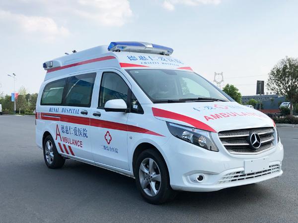 國六奔馳威霆監護型救護車