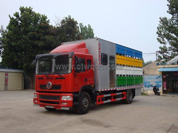 東風6.8米養蜂車(帶房)