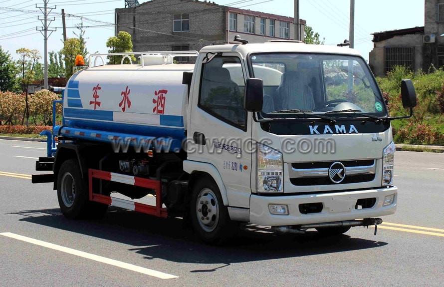 凱馬5噸灑水車