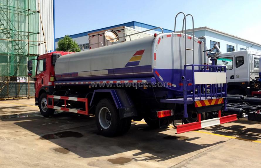 解放12噸灑水車