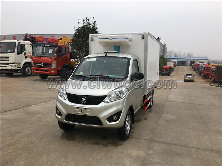 福田伽途2.8米肉鉤冷藏車
