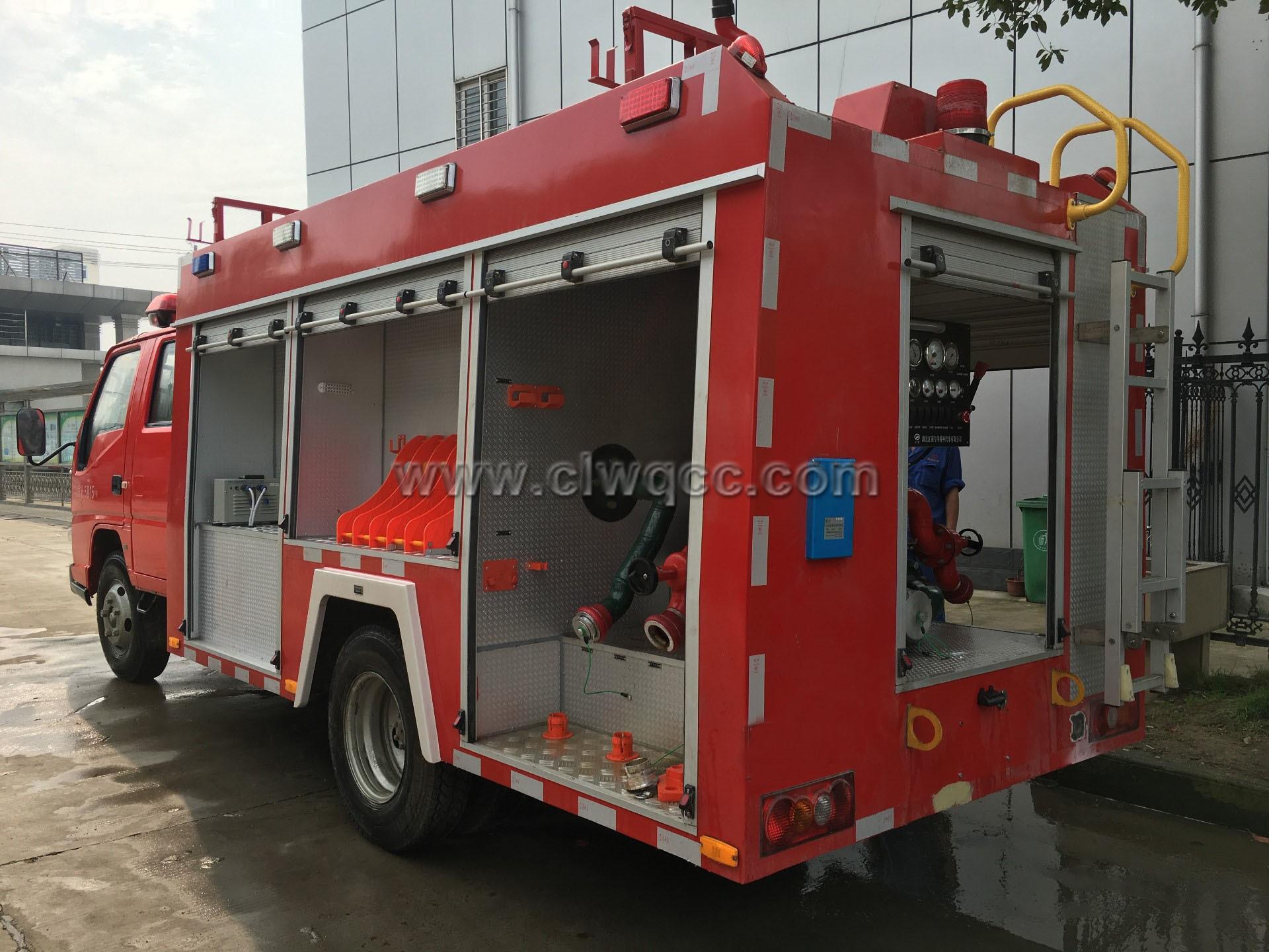江鈴五十鈴2噸水罐消防車