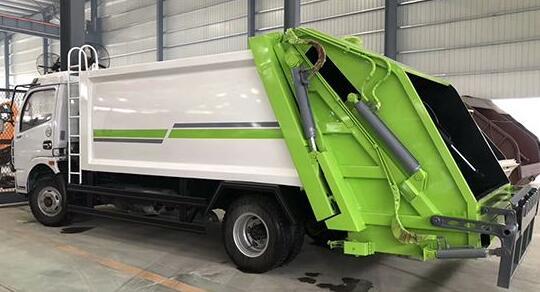 压缩垃圾车的结构及各主要部件工作方式