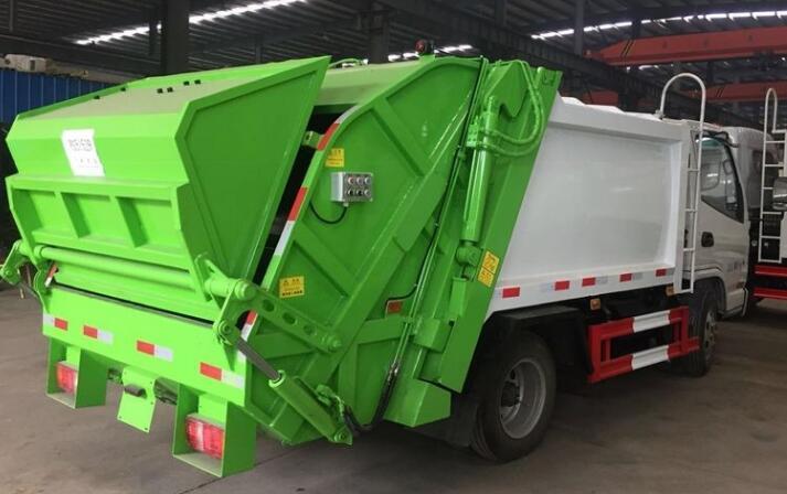 垃圾车是用来收集垃圾还是转运垃圾