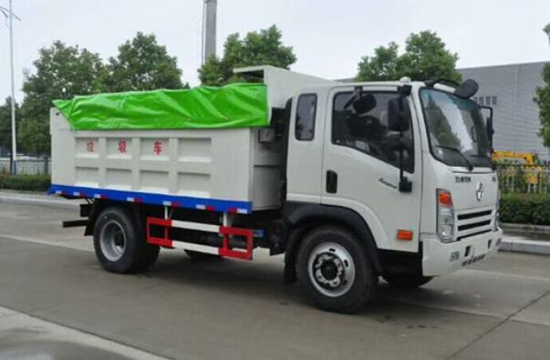 大型垃圾车是七档或八档箱