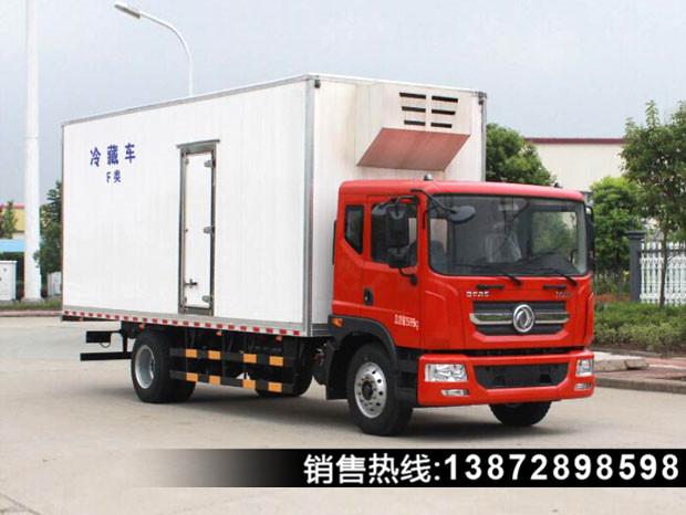 东风7.6米冷藏车