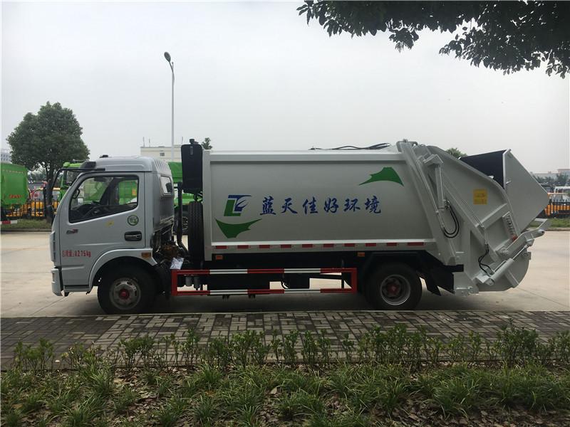 东风多利卡8方压缩垃圾车