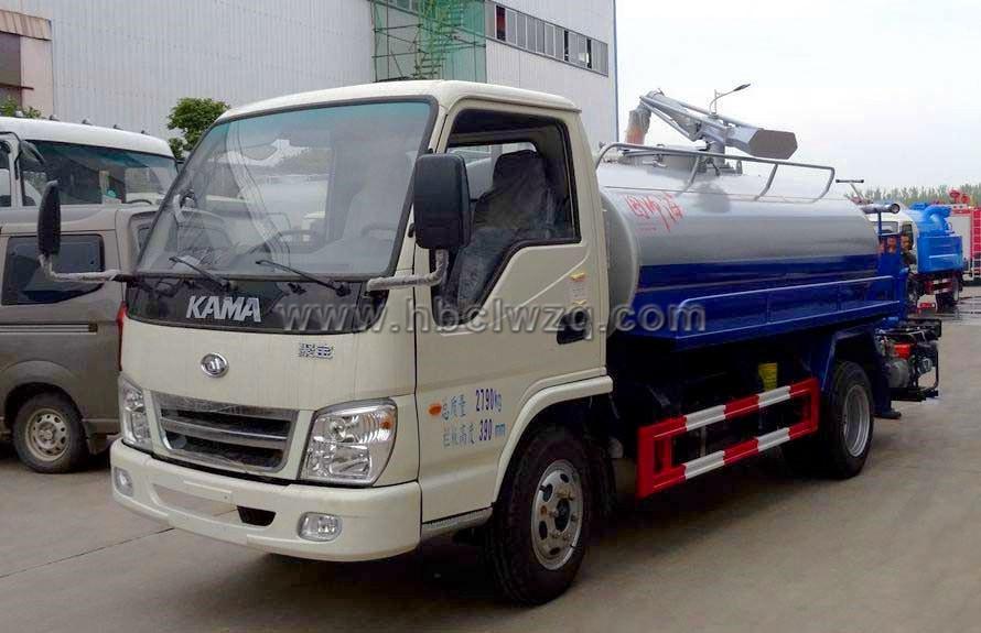 凱馬2方小型吸糞灑水車