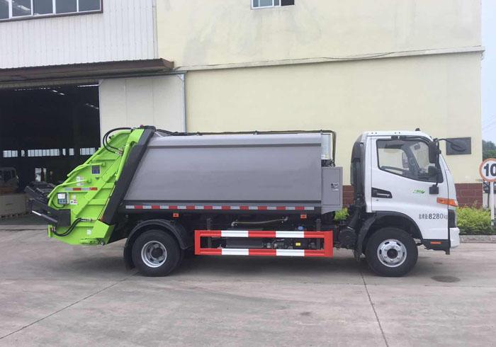 国六江淮骏铃V7压缩式垃圾车\8方后挂桶自卸垃圾车