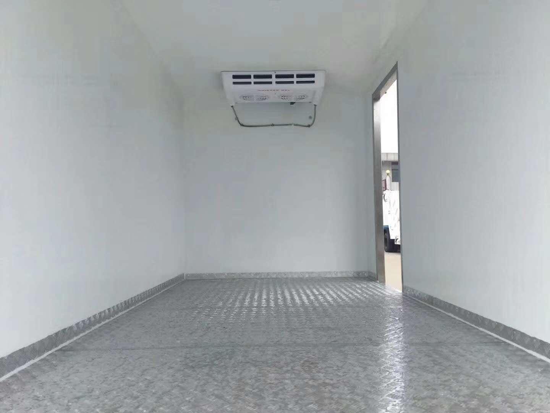 解放单排5.1米冷藏车
