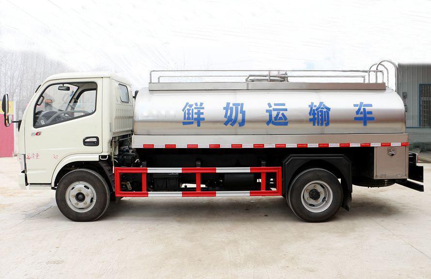 东风小型鲜奶运输车
