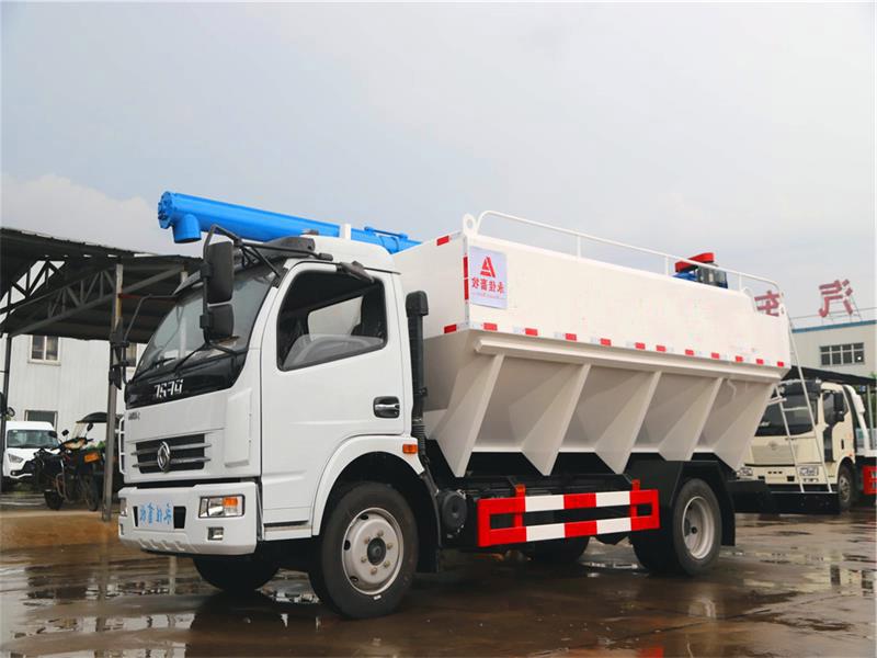 饲料车厂家小周为您介绍6吨散装饲料车的具体参数配置图片