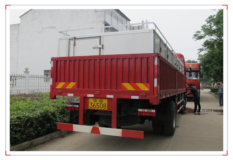 江淮活鱼运输车
