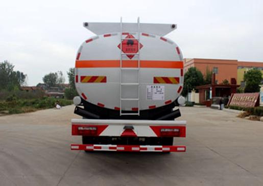 国五东风24.1方运油车