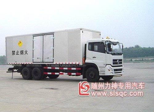 东风天龙1250A1型爆破器材运输车