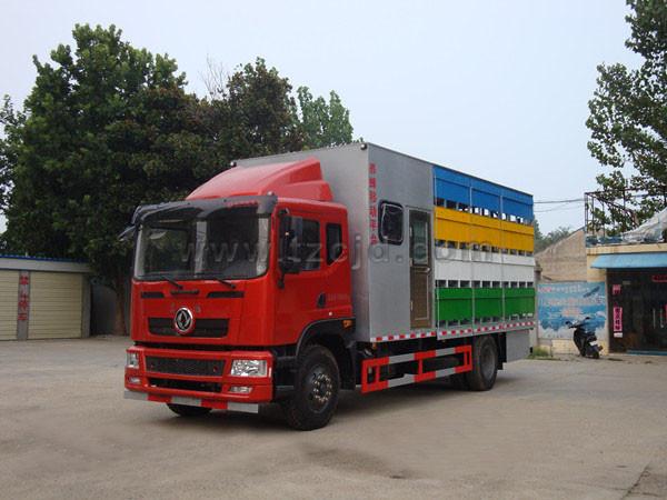 东风6.8米养蜂车(带房)