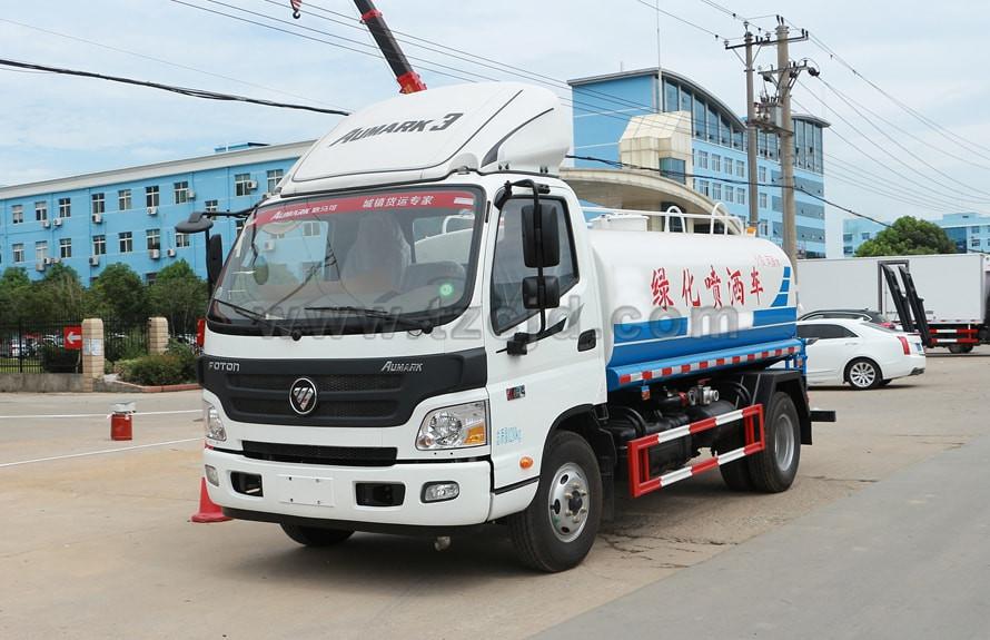 福田欧马可5吨洒水车