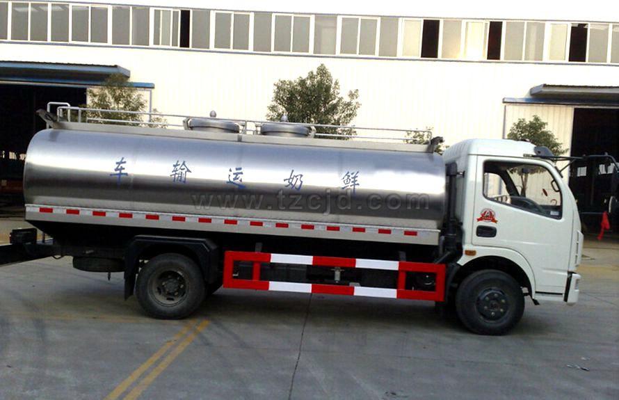 东风8吨液态食品运输车
