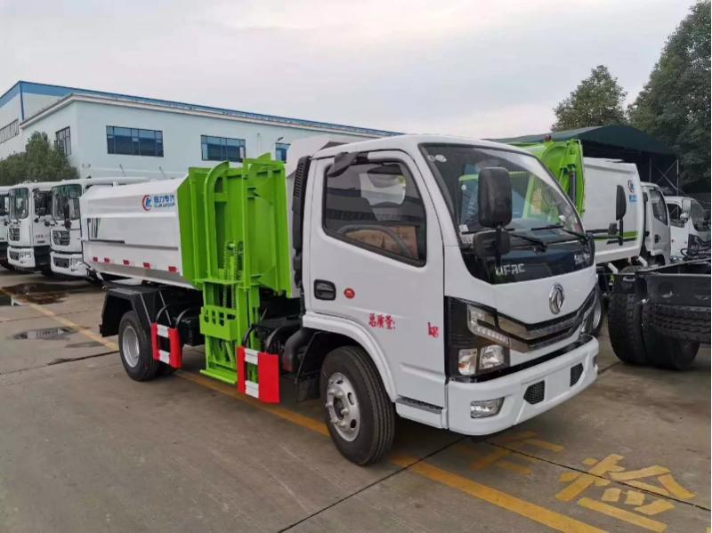 国六东风柴油5方挂桶垃圾车
